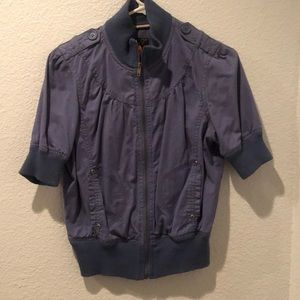 Blue short sleeve jacket